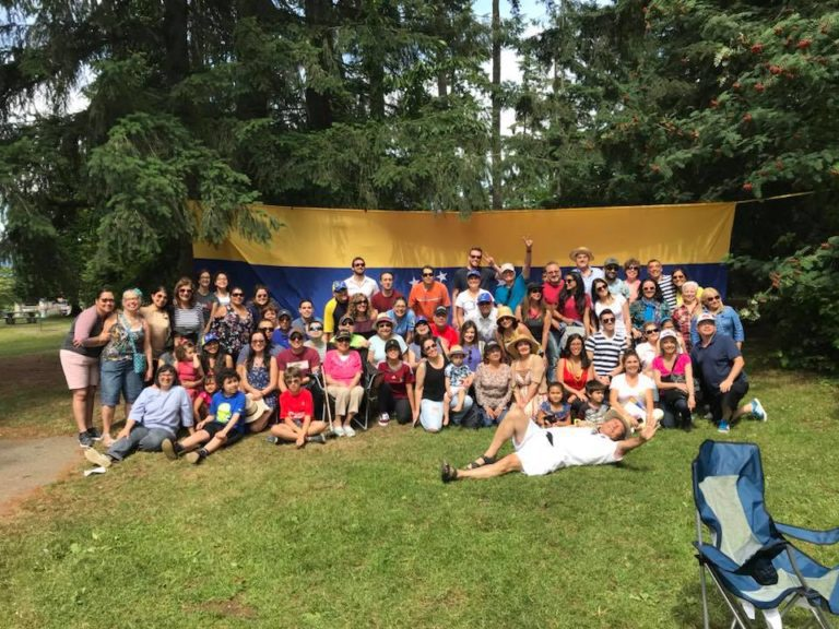 group photo from picnic 2018